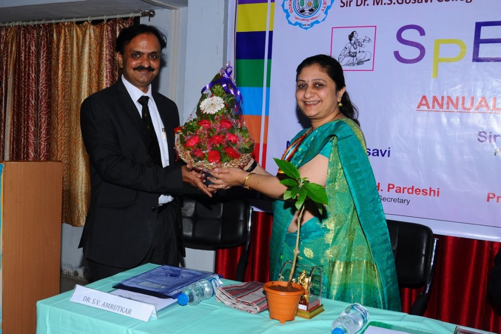 12_Annual_Prize_Distribution_7