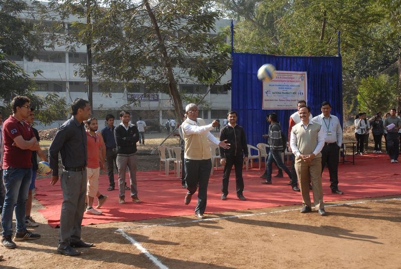 29 54thNational Pharmacy Week by IPA 2016 College hosted Volley Ball (3)